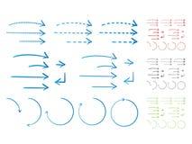 Flechas a mano en estilo de la tinta stock de ilustración