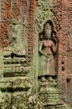 Flechte befleckte apsara an Ta Prohm, Angkor, Kambodscha Lizenzfreie Stockfotografie