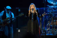 Fleetwood Mac In Concert - Sacramento, CA Image stock