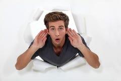Fleißig hörender Mann Stockbilder