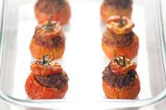 Fleisch-angefüllte Tomaten Stockfotografie