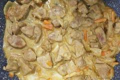 Fleisch in der Sahnesauce Stockfoto