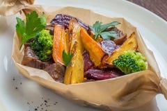 Fleisch gebraten mit Kartoffeln Lizenzfreies Stockbild