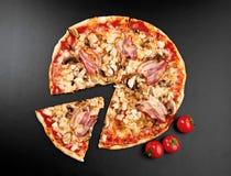 Fleisch-Pizza Lizenzfreies Stockfoto