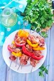 Fleisch und Gemüse stockbilder