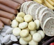 Fleischbälle und -würste Stockfotografie