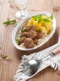 Fleischklöschen mit Kartoffel Lizenzfreies Stockfoto