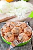 Fleischklöschen mit Pilzsoße Stockfotografie