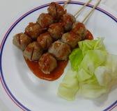Fleischklöschen mit Soße Lizenzfreies Stockfoto