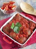 Fleischklöschen mit Tomatensauce Lizenzfreie Stockfotografie