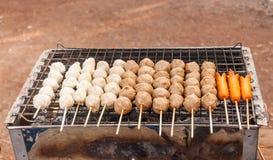 Fleischklöschen und Hotdog Stockbilder