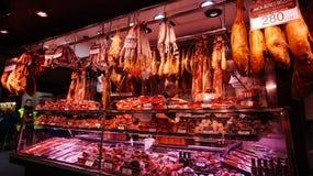 Fleischspeicher an La Boqueria-Markt Stockbilder