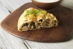 Fleischtorte Burek, Küche Borek, Burekas, des Türkischen und Balkans Stockbilder