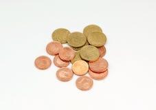 Flera euromynt fotografering för bildbyråer