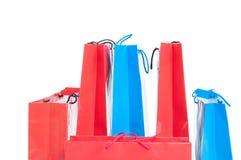 Flera gåva- eller shoppingpåsar i olikt format arkivbild