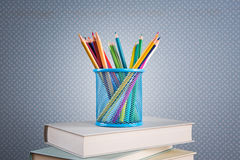 Flerfärgad blyertspennauppsättning Arkivbilder