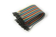 Flerfärgad kabel som isoleras på vit bakgrund som knyter kontakt begrepp Förkläde IDC-tråd Top beskådar Arkivbilder