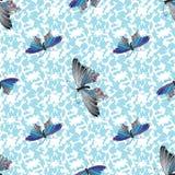 Flerfärgade fjärilar Räcka det utdragna klottret seamless modell Royaltyfri Bild