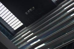 Flernivå-horisontalstrukturer i grå färger Arkivfoton