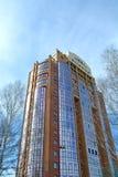 Flervånings- byggnad Royaltyfri Bild