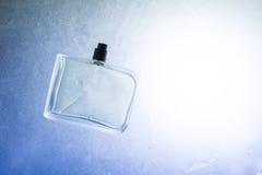 Fles en water Royalty-vrije Stock Afbeeldingen