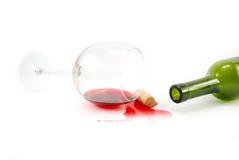 Fles en wijnglas Stock Foto's