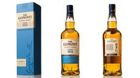 fles enige mout Schotse wisky glenlivet met doos Stock Afbeeldingen