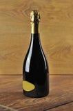 Fles fijne Italiaanse spumantewijn Stock Afbeelding