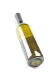 Fles fijne Italiaanse witte wijn royalty-vrije stock afbeeldingen