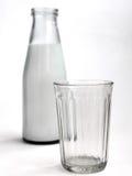 Fles Melk Royalty-vrije Stock Afbeeldingen