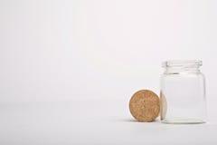 Fles met cork naast het Royalty-vrije Stock Afbeelding