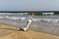 Fles met een bericht, 2015 Royalty-vrije Stock Fotografie