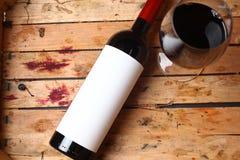 Fles rode wijn Stock Afbeeldingen