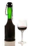 Fles Rode Wijn met het Glas van de Wijn Stock Afbeeldingen