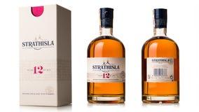 fles van enige strathisla van de mout Schotse wisky met doos Stock Fotografie