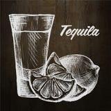 Fles van tequila met kalk en glas Met de hand geschilderd Stock Afbeeldingen