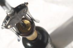 Fles van wijn meer sommelier kurketrekker Stock Afbeelding