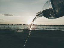 Fles water Stock Afbeeldingen