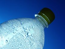 Fles water stock foto's