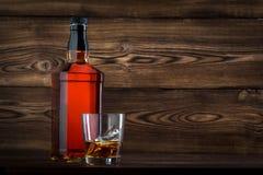 Fles whisky Royalty-vrije Stock Foto's