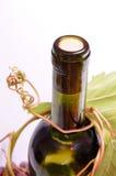 Fles witte wijn Stock Afbeeldingen