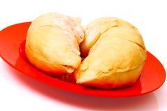 Fleshs do Durian do frescor no prato vermelho Fotografia de Stock Royalty Free