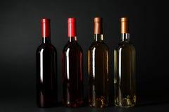 Flessen dure wijnen Stock Afbeelding