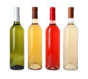 Flessen dure wijnen op witte achtergrond Royalty-vrije Stock Foto