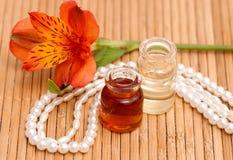 Flessen essentiële olie Royalty-vrije Stock Afbeelding