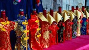 Flessen gekleed in speciale kostuums royalty-vrije stock foto's