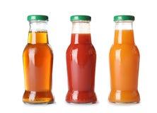 Flessen met verschillende dranken stock fotografie