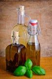 Flessen olijfolie royalty-vrije stock foto's