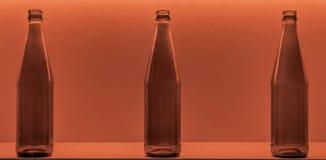 Flessen op de achtergrond Royalty-vrije Stock Foto