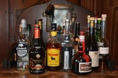 Flessen op een Bar Royalty-vrije Stock Foto